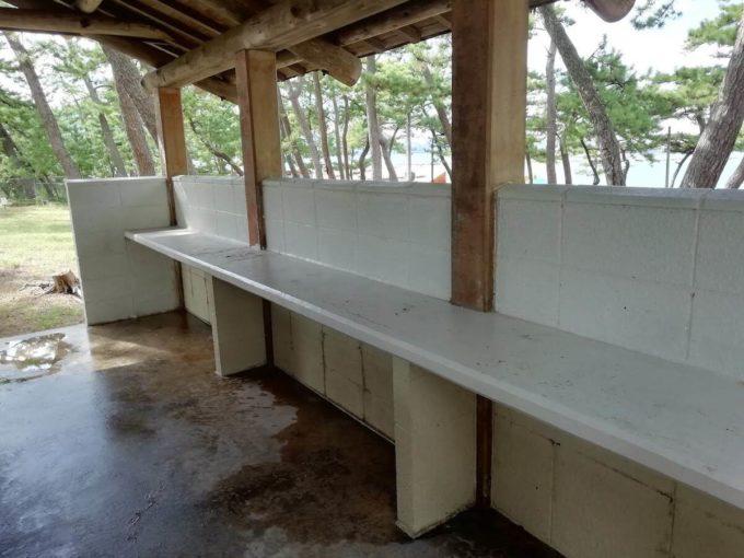 若狭和田キャンプ場の調理台