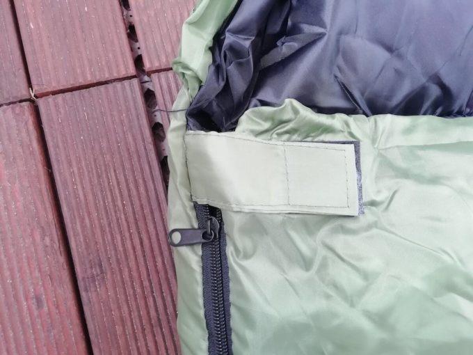 ホークギアの寝袋のマジックテープ